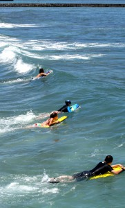 surfing_kids